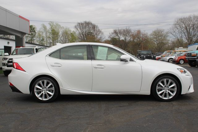 2014 Lexus IS 250 RWD - SUNROOF - ONE OWNER! Mooresville , NC 14