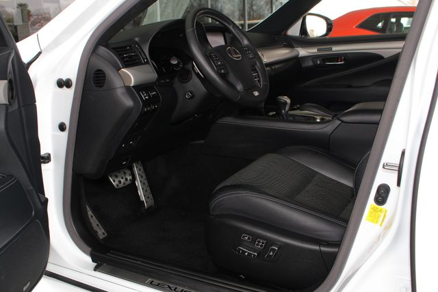 2014 Lexus LS 460 F SPORT W/COMFORT PKG - BLIND SPOT! Mooresville , NC 31