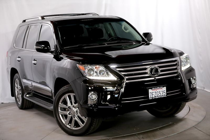 2014 Lexus LX 570 - Heavily optioned - Only 22K miles  city California  MDK International  in Los Angeles, California