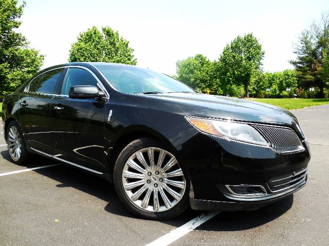 2014 Lincoln MKS Leesburg, Virginia 1
