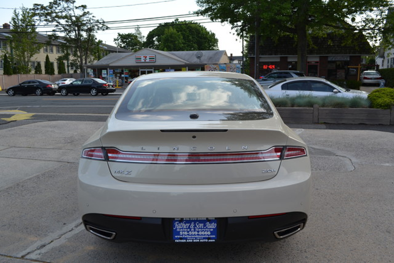 2014 Lincoln MKZ Hybrid  city New  Father  Son Auto Corp   in Lynbrook, New