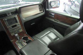 2014 Lincoln Navigator L W/ NAVIGATION SYSTEM/ BACK UP CAM Chicago, Illinois 28