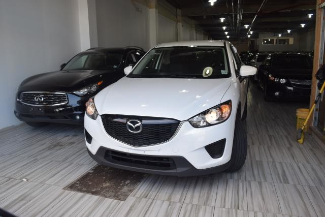 2014 Mazda CX-5 Sport Richmond Hill, New York 2