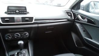 2014 Mazda Mazda3 i Sport East Haven, CT 9