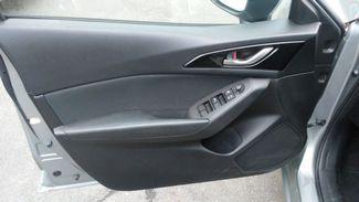 2014 Mazda Mazda3 i Sport East Haven, CT 22