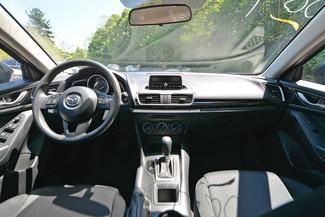 2014 Mazda Mazda3 i Sport Naugatuck, Connecticut 10