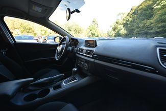 2014 Mazda Mazda3 i Sport Naugatuck, Connecticut 8