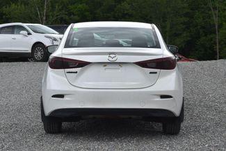 2014 Mazda Mazda3 i Touring Naugatuck, Connecticut 3