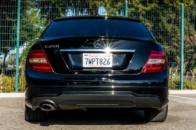 2014 Mercedes-Benz C 250 Sport - 35K MILES - NAVI - BACK UP CAMERA Reseda, CA 7