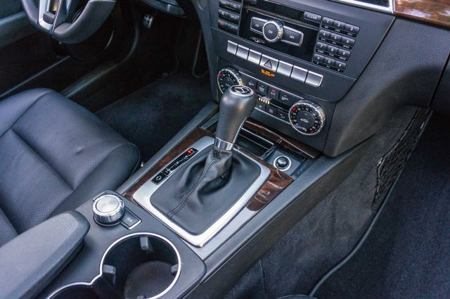 2014 Mercedes-Benz C 250 Sport - 35K MILES - NAVI - BACK UP CAMERA Reseda, CA 25