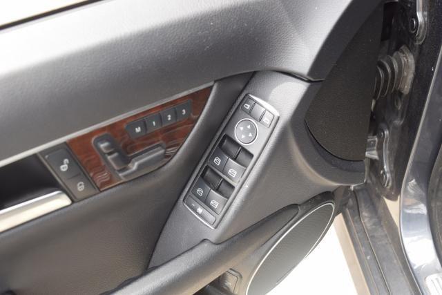2014 Mercedes-Benz C-Class C300 4MATIC Luxury Sedan Richmond Hill, New York 10