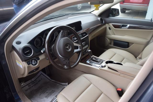 2014 Mercedes-Benz C300 Luxury Richmond Hill, New York 12