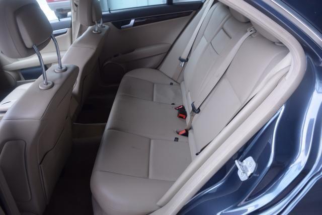 2014 Mercedes-Benz C300 Luxury Richmond Hill, New York 7