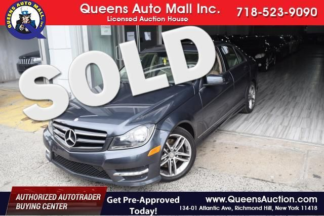2014 Mercedes-Benz C300 Luxury Richmond Hill, New York 0