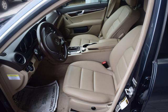 2014 Mercedes-Benz C300 Luxury Richmond Hill, New York 10