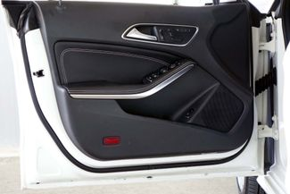 2014 Mercedes-Benz CLA 250 PANO ROOF * Xenons * HEATED SEATS * Blind Spot * Plano, Texas 37
