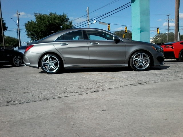 Hovey motorcars in san antonio tx for San antonio mercedes benz dealers