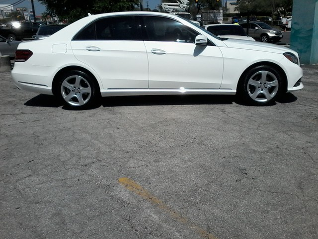 2014 Mercedes-Benz E350 Luxury Nav ,Keyless go San Antonio, Texas 4