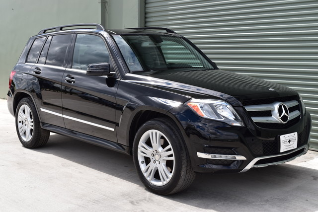 Lone star auto brokers llc in arlington tx 4 3 stars for Mercedes benz arlington tx