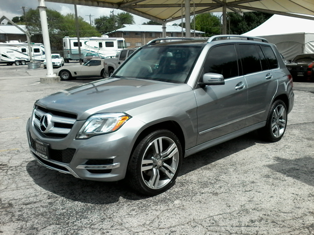 2014 Mercedes-Benz GLK 350 SPORT PANO ROOF & MORE San Antonio, Texas 3