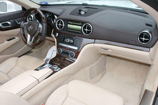2014 Mercedes-Benz SL 550 Houston, Texas 17