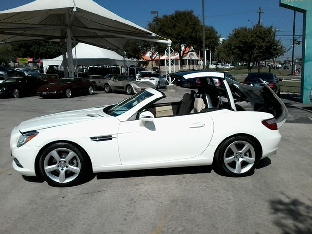 2014 Mercedes-Benz SLK 250 retractable convertible San Antonio, Texas 9