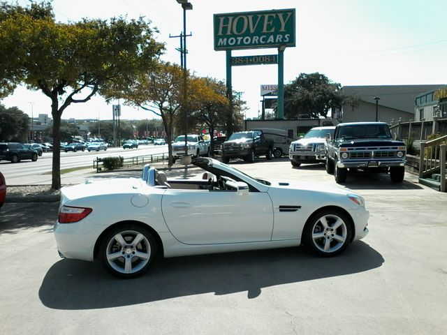 2014 Mercedes-Benz SLK 250 retractable convertible San Antonio, Texas 6
