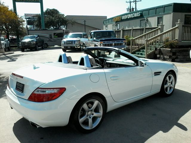 2014 Mercedes-Benz SLK 250 retractable convertible San Antonio, Texas 7