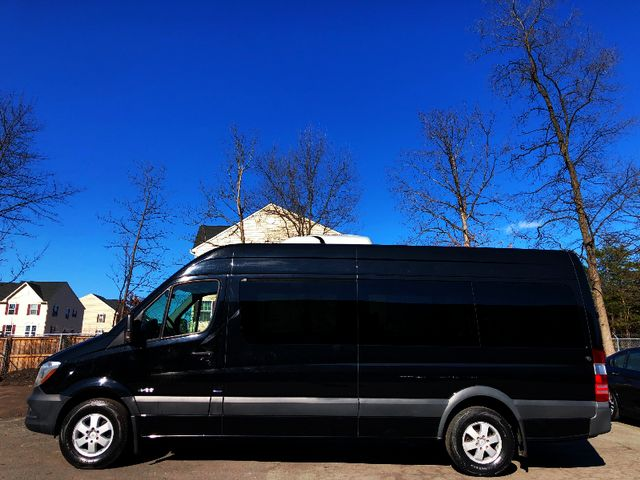 2014 Mercedes-Benz Sprinter Passenger Vans 2500 Leesburg, Virginia 4