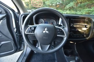 2014 Mitsubishi Outlander ES Naugatuck, Connecticut 15