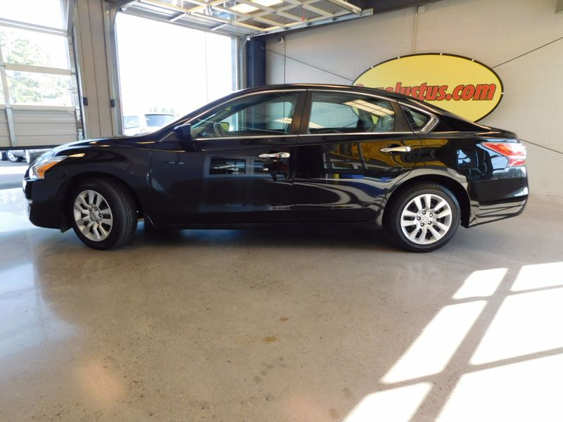 2014 Nissan Altima 25 S  city TN  Doug Justus Auto Center Inc  in Airport Motor Mile ( Metro Knoxville ), TN
