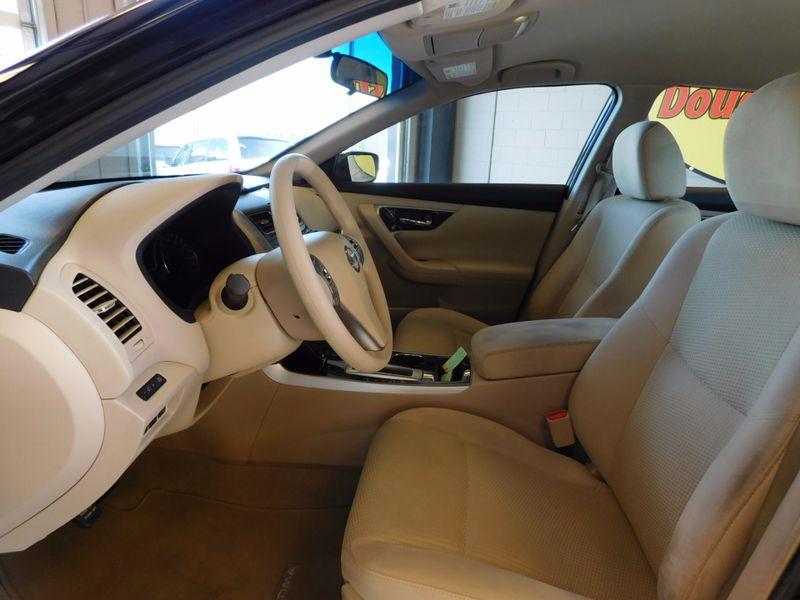 2014 Nissan Altima 25 S  city TN  Doug Justus Auto Center Inc  in Airport Motor Mile ( Metro Knoxville ), TN