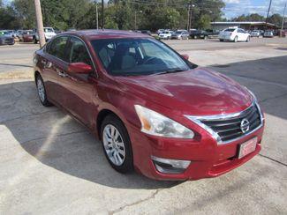 2014 Nissan Altima 2.5 S Houston, Mississippi 1