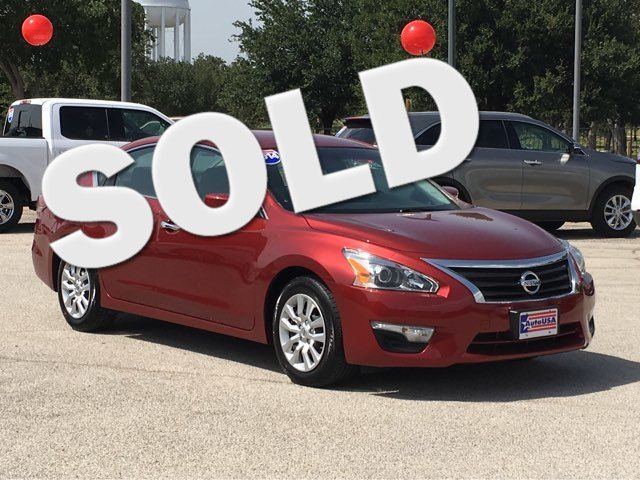 2014 Nissan Altima in Irving Texas