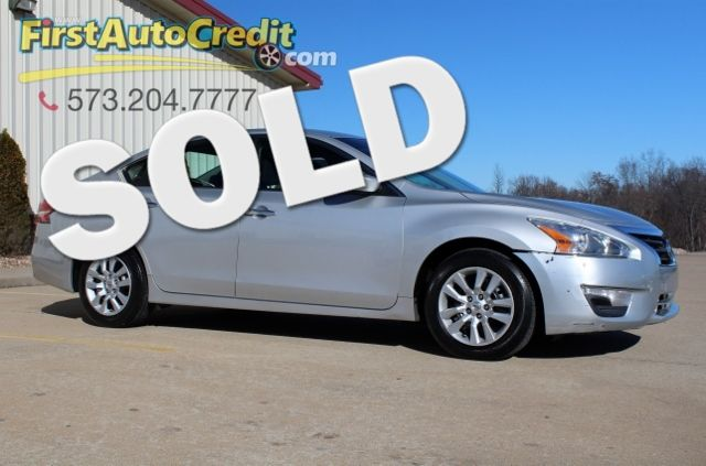 2014 Nissan Altima 2.5 S | Jackson , MO | First Auto Credit in Jackson  MO