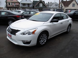 2014 Nissan Altima 2.5 S Milwaukee, Wisconsin 2