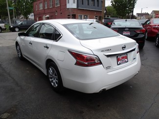 2014 Nissan Altima 2.5 S Milwaukee, Wisconsin 5