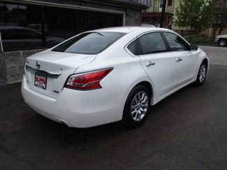 2014 Nissan Altima 2.5 S Milwaukee, Wisconsin 3