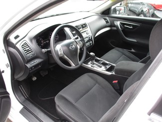 2014 Nissan Altima 2.5 S Milwaukee, Wisconsin 6