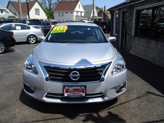 2014 Nissan Altima 2.5 S Milwaukee, Wisconsin 1