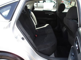 2014 Nissan Altima 2.5 S Milwaukee, Wisconsin 15