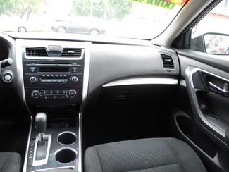 2014 Nissan Altima 2.5 S Milwaukee, Wisconsin 13