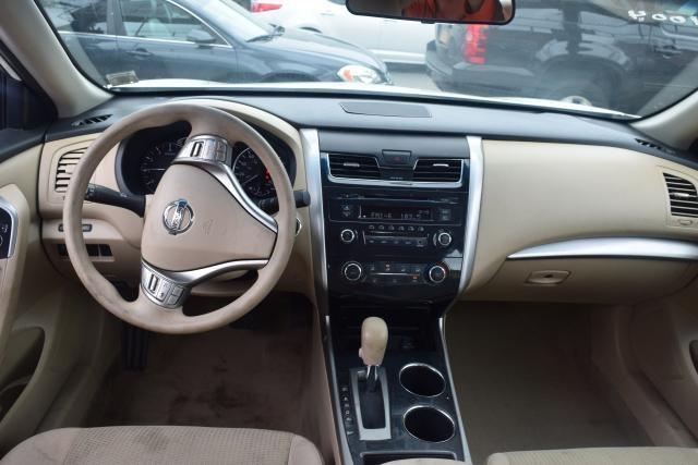 2014 Nissan Altima 2.5 S Richmond Hill, New York 6
