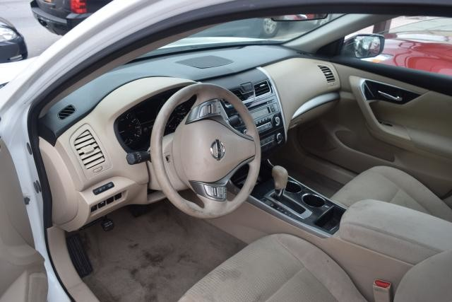 2014 Nissan Altima 2.5 S Richmond Hill, New York 9