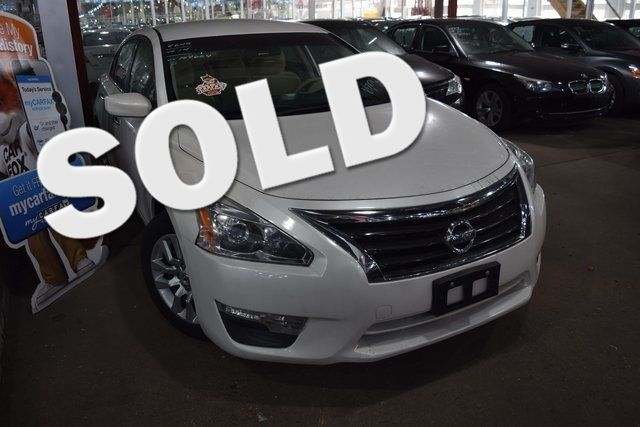 2014 Nissan Altima 2.5 S Richmond Hill, New York 0