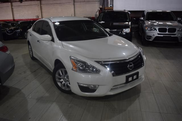 2014 Nissan Altima 2.5 S Richmond Hill, New York 1