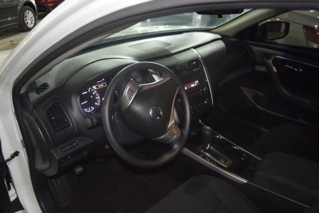 2014 Nissan Altima 2.5 S Richmond Hill, New York 8