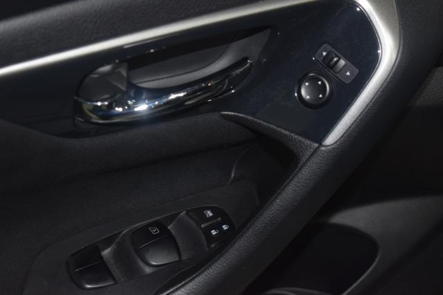 2014 Nissan Altima 2.5 S Richmond Hill, New York 7
