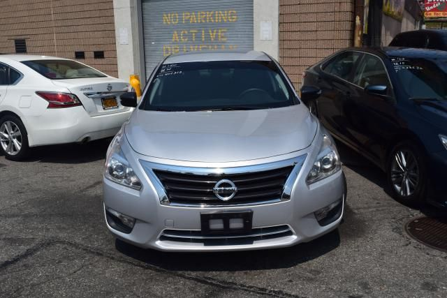 2014 Nissan Altima 2.5 S Richmond Hill, New York 2