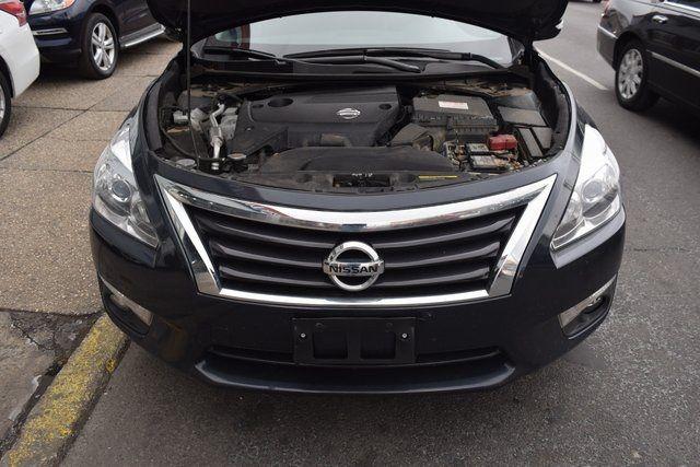 2014 Nissan Altima 2.5 SL Richmond Hill, New York 3